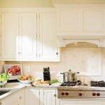 Изящный кухонный гарнитур