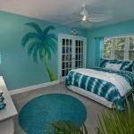 Зеленая спальня в морском стиле