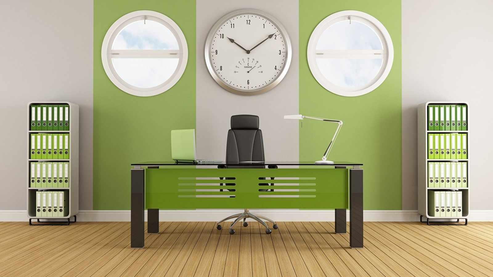 Кабинет с зелеными обоями