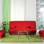 Красная мягкая мебель