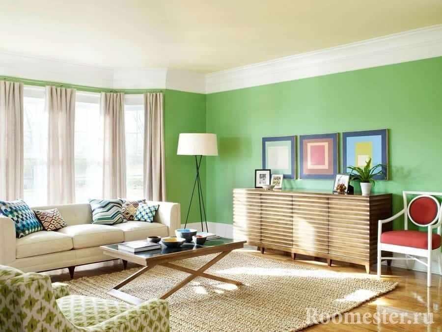Светлая гостиная со светлозеленым и бежевым