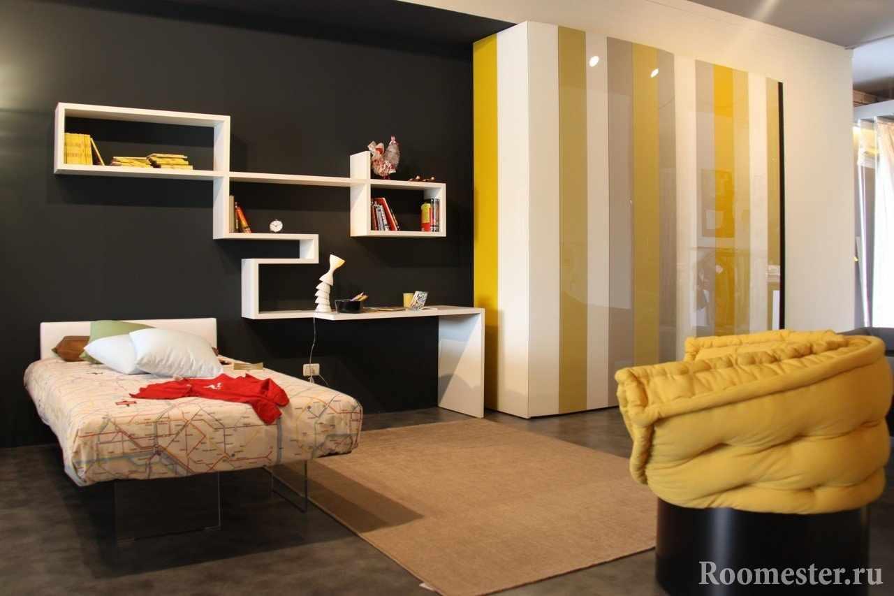 Сочетание черного и желтого цвета