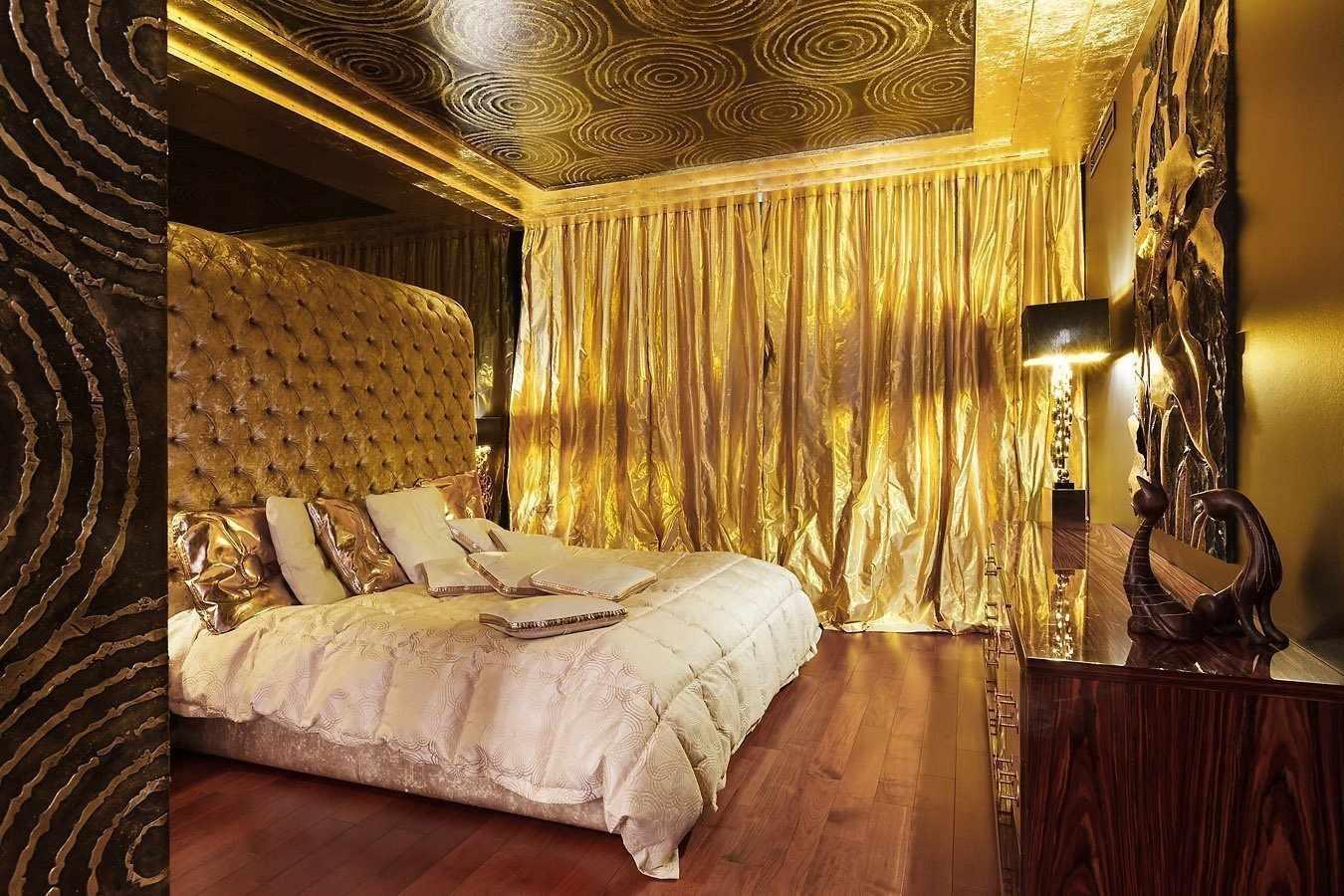 Эффектный текстиль в спальне