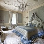 Золотые и серебряные тона в дизайне спальни